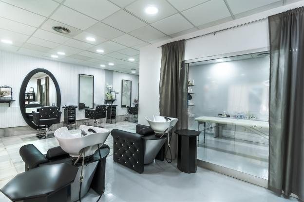 LED lighting for hairdressers and beauty salons