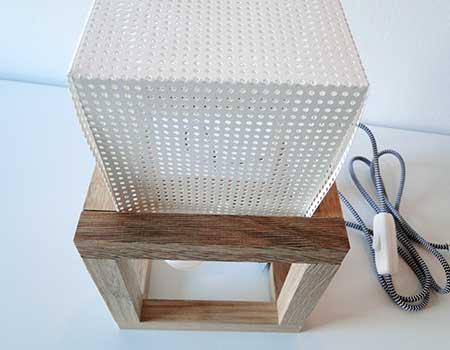 Lochpapier in Rahmen einsetzen und ggf. befestigen