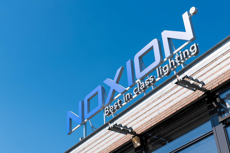 Noxion roof