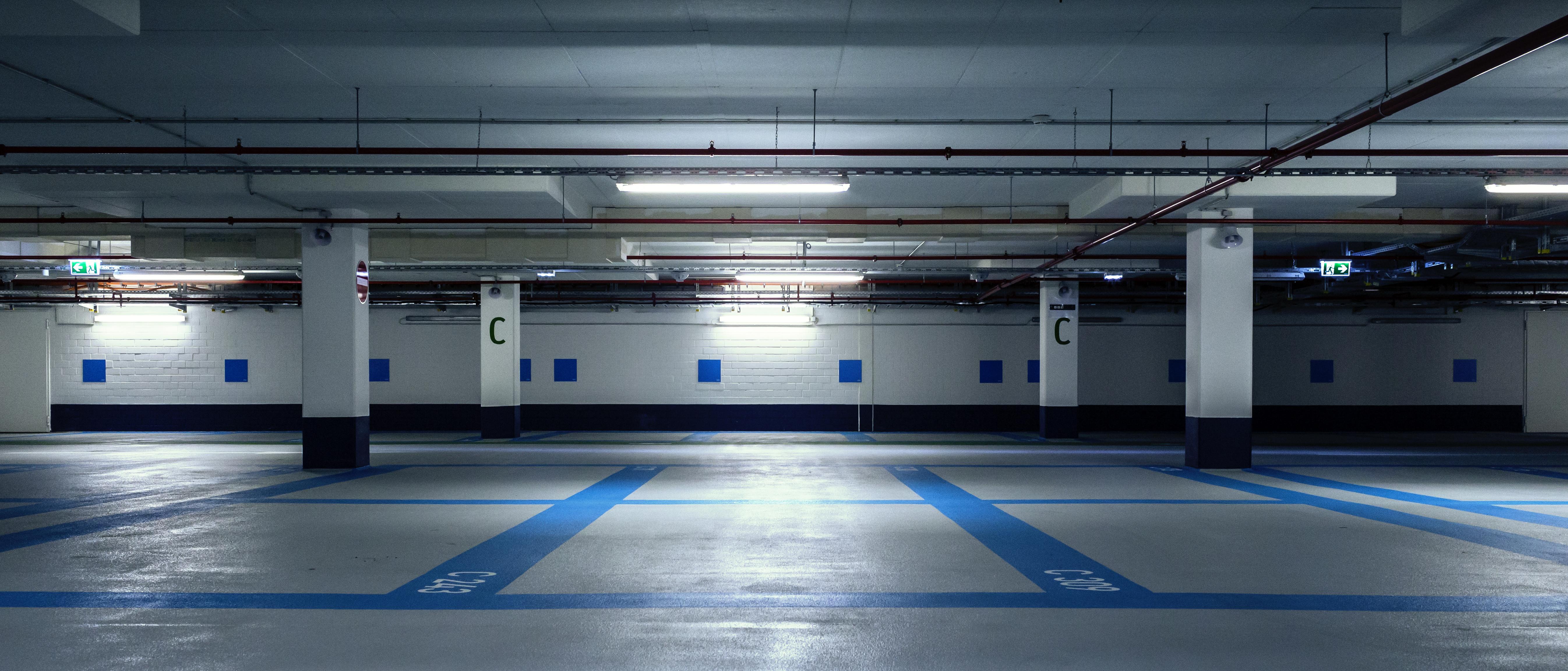 LED TL Sensorverlichting Parkeergarage